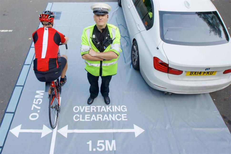 Passing distance (West Midlands Police).jpg & Government needs to change Highway Code rules on overtaking cyclists ...