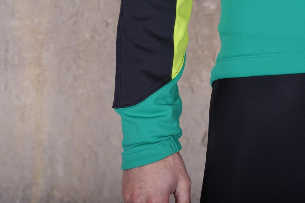 Pearl Izumi Elite Pursuit Softshell Jacket - cuff.jpg