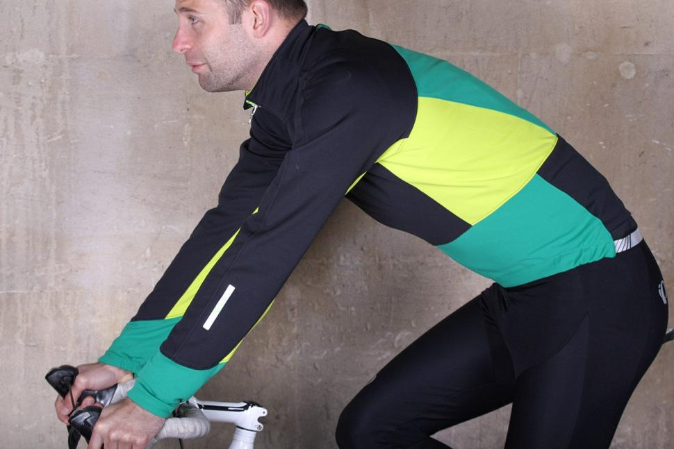 Pearl Izumi Elite Pursuit Softshell Jacket - riding.jpg