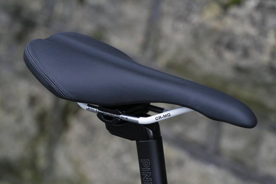 Pinnacle Dolomite SS - saddle.jpg