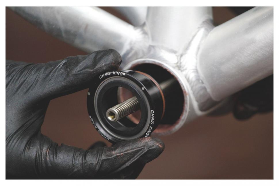 presenting drive side bearing to bb shell.jpg