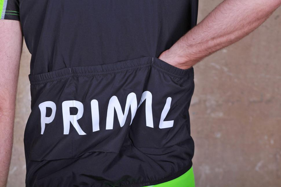 Primal Onyx Wind Vest - pocket 2.jpg