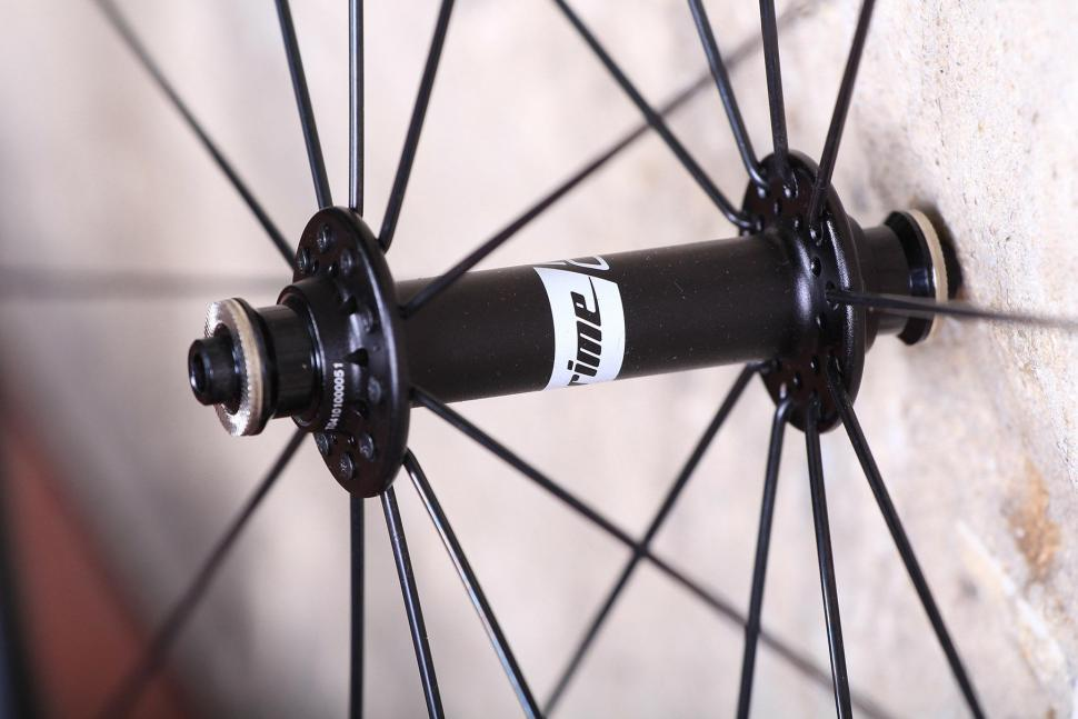 Prime Road Race alloy wheelset - front hub.jpg