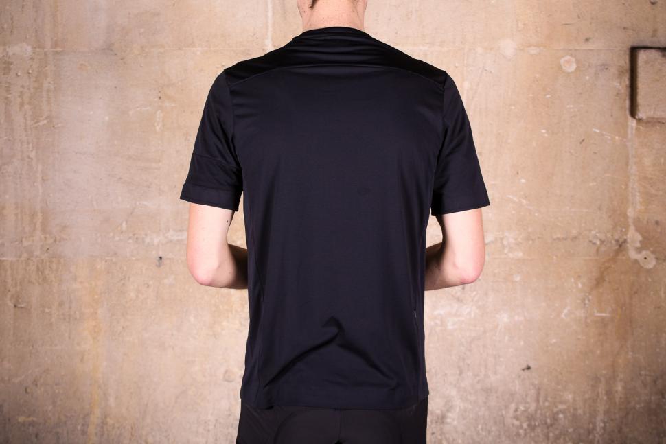 rapha_technical_t-shirt_-_back.jpg