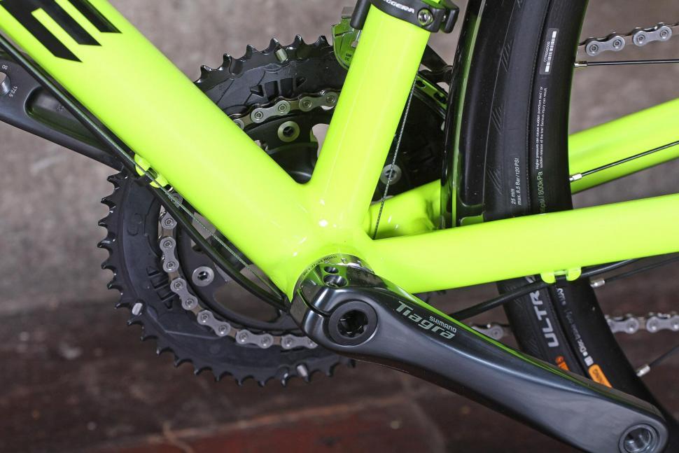 Ribble CGR - bottom bracket.jpg
