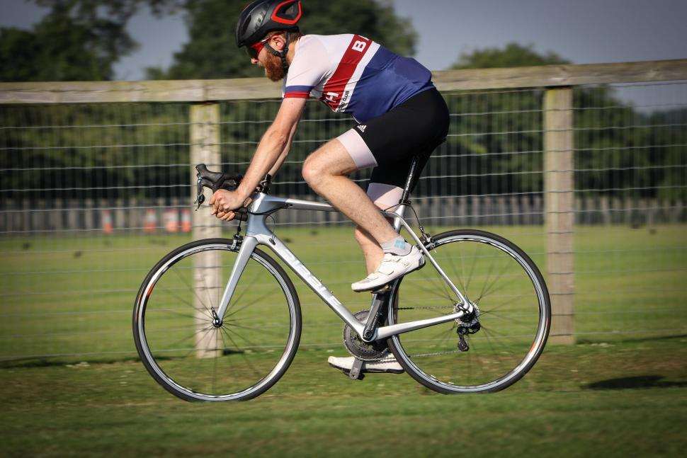 Ribble R872 riding -2.jpg