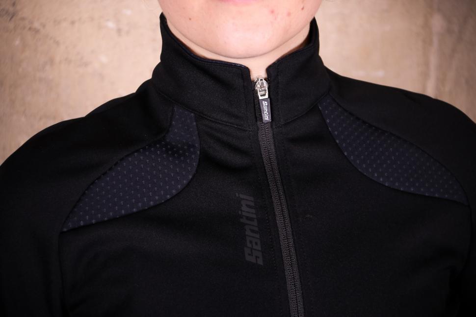 Santini Womens Coral 2.0 winter jacket - collar.jpg