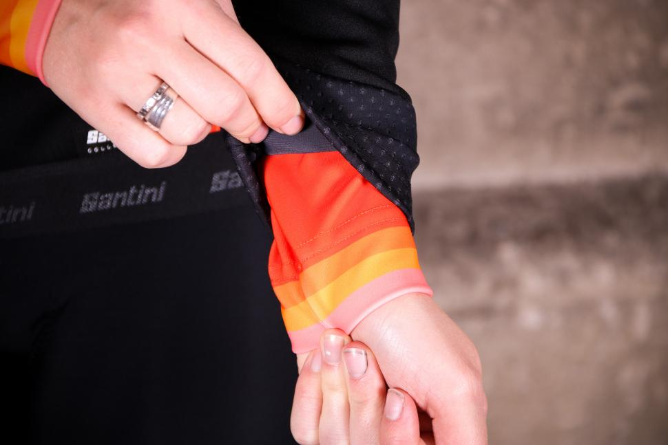 Santini Womens Coral 2.0 winter jacket - cuff detail.jpg