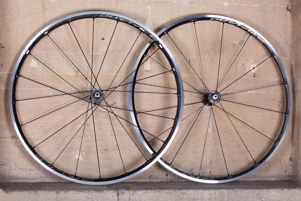 Shimano Dura Ace C24 Carbon Clincher wheelset.jpg