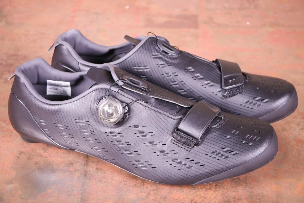 Shimano RP9 SH-RP901 Dynalast Shoe - side.jpg