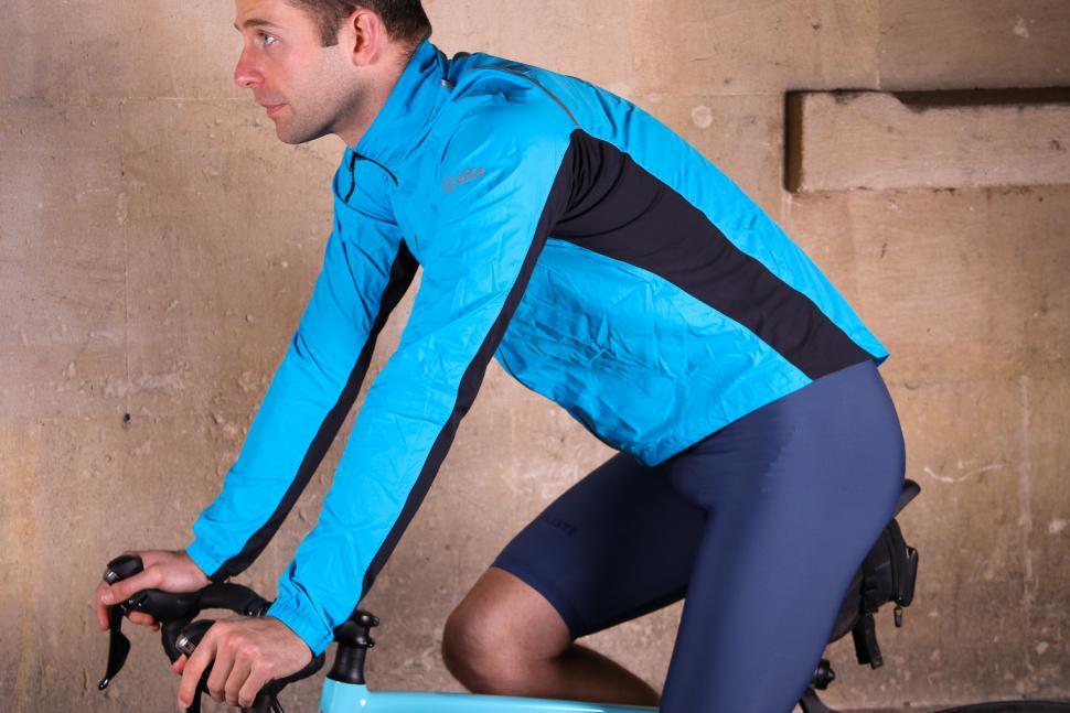Showers Pass Ultralight Wind Jacket - riding.jpg