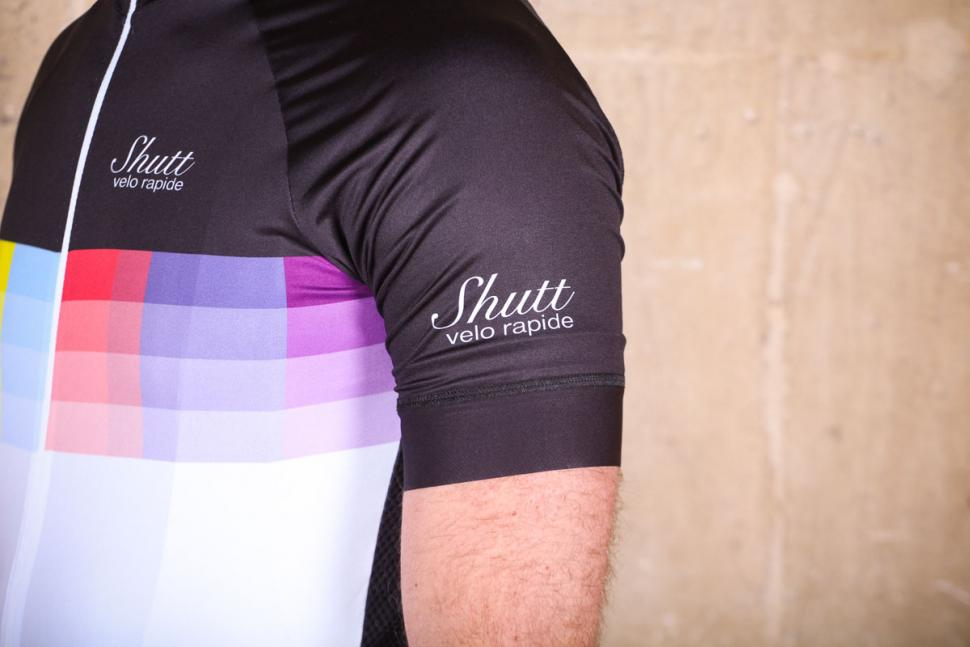 shutt_velo_rapide_elite_jersey_-_sleeve_2.jpg