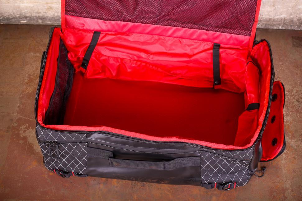 Silca Maratona Gear Bag - inside.jpg