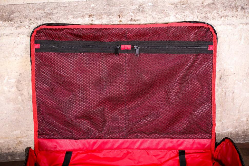 Silca Maratona Gear Bag - top flap pockets.jpg