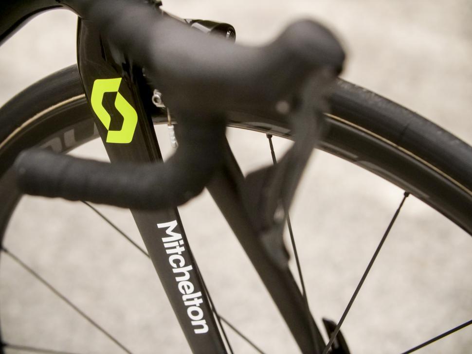 simon_yates_bike7.jpg