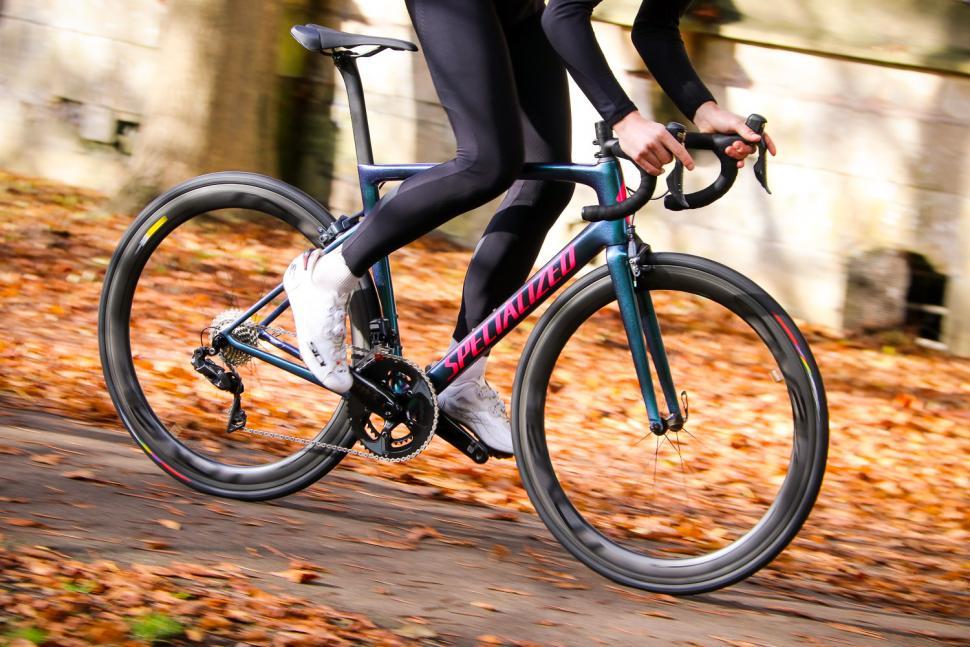 Specialized Tarmac SL 6 Pro - riding 1.jpg