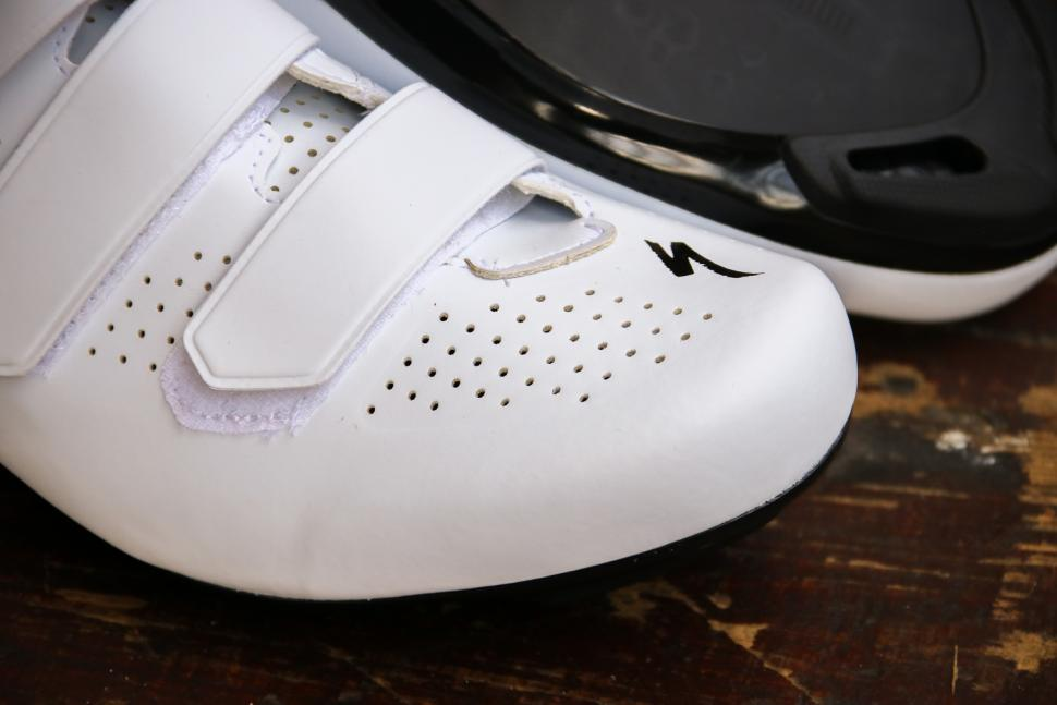 Specialized Torch 1.0 shoes - toe.jpg