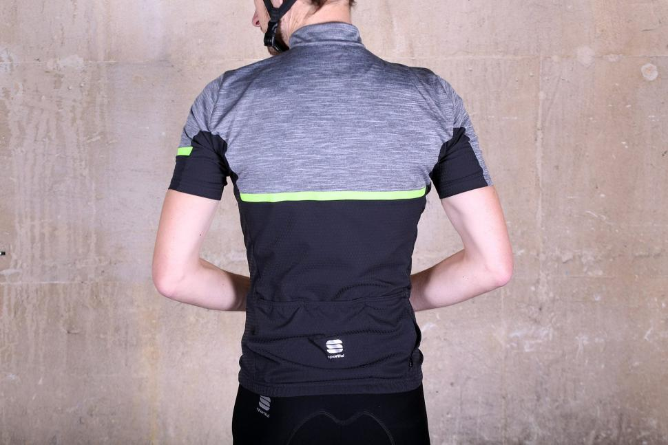 Sportful Giara jersey - back.jpg