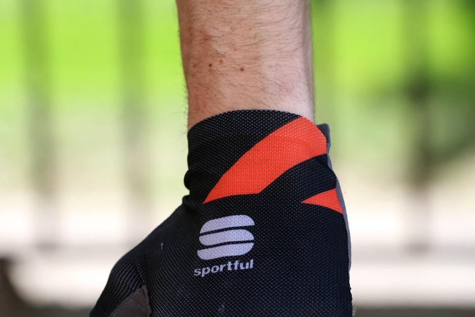 Sportful R&D Cima Gloves - detail 3.jpg