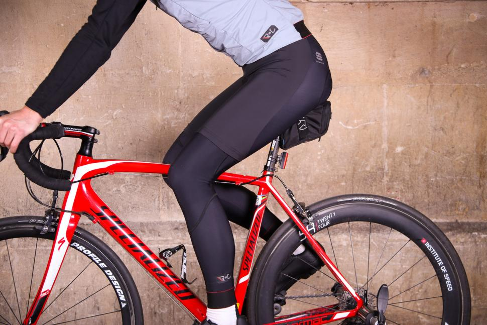 Sportful R&D Strato Bib Tights - riding.jpg