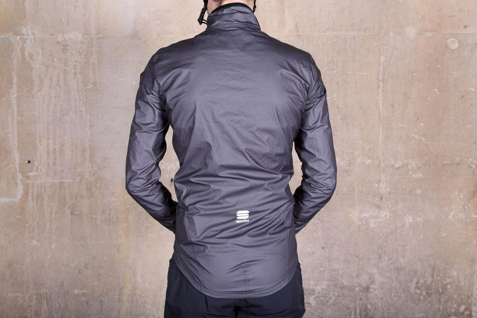 Sportful Stelvio jacket - back.jpg