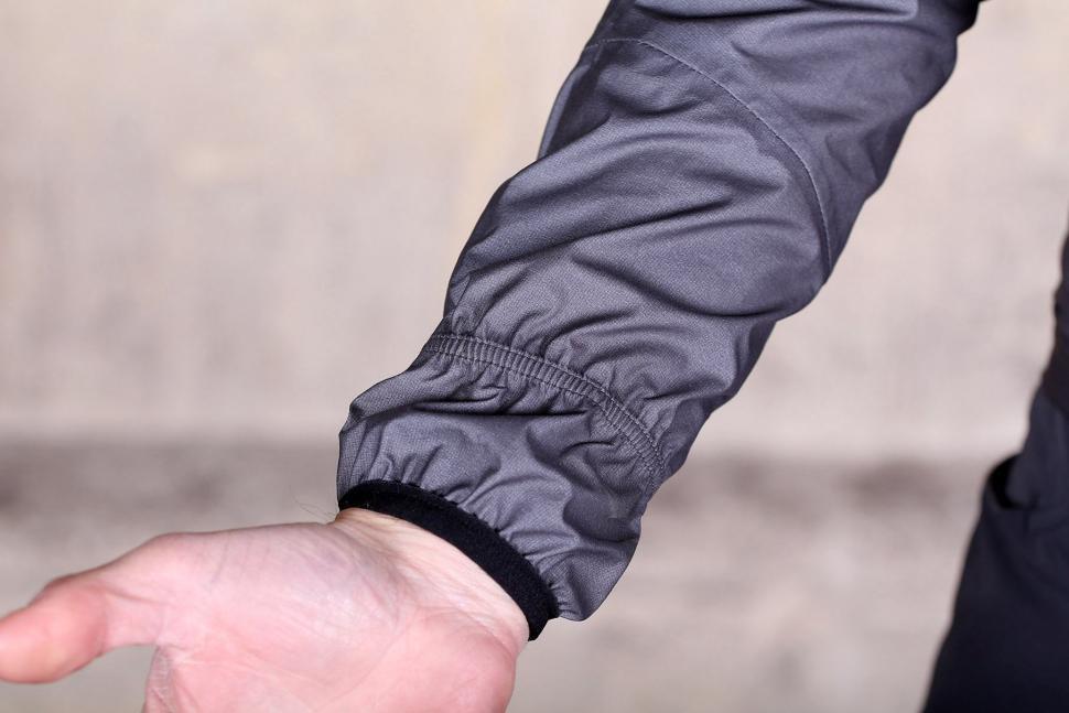 Sportful Stelvio jacket - cuff detail 2.jpg