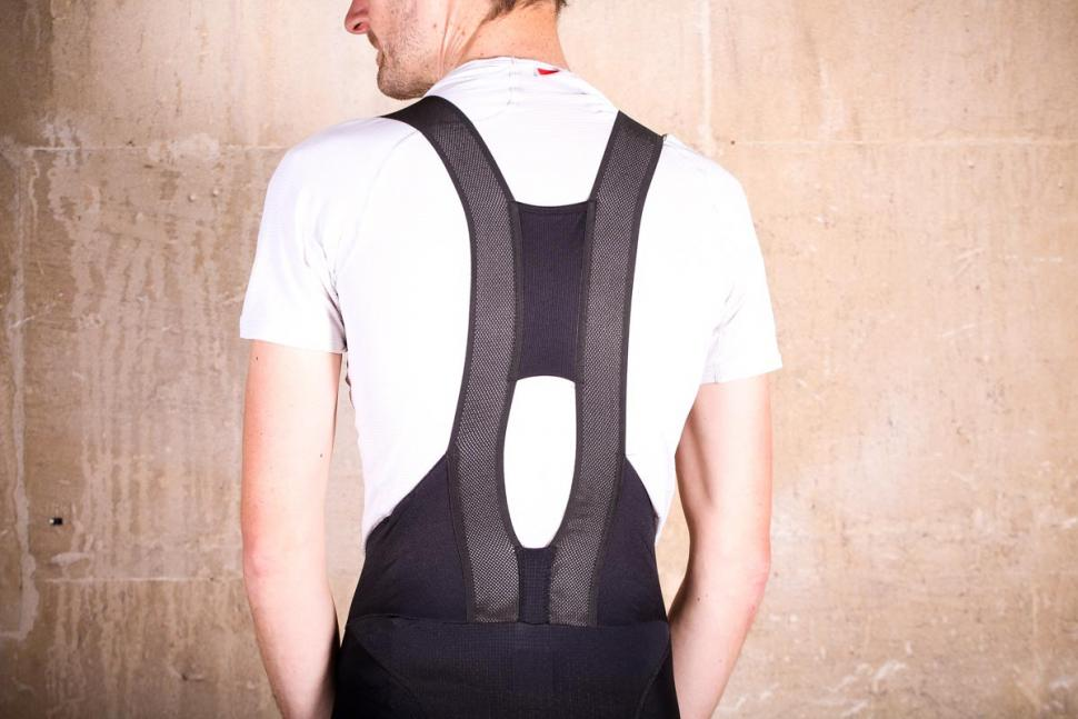 sportful_bodyfit_pro_ltd_bib_short_-_straps_back.jpg