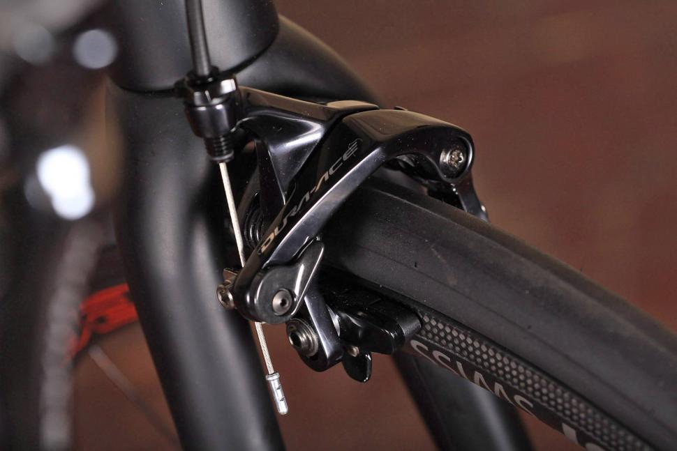 Storck Durnario Platinum - front brake.jpg