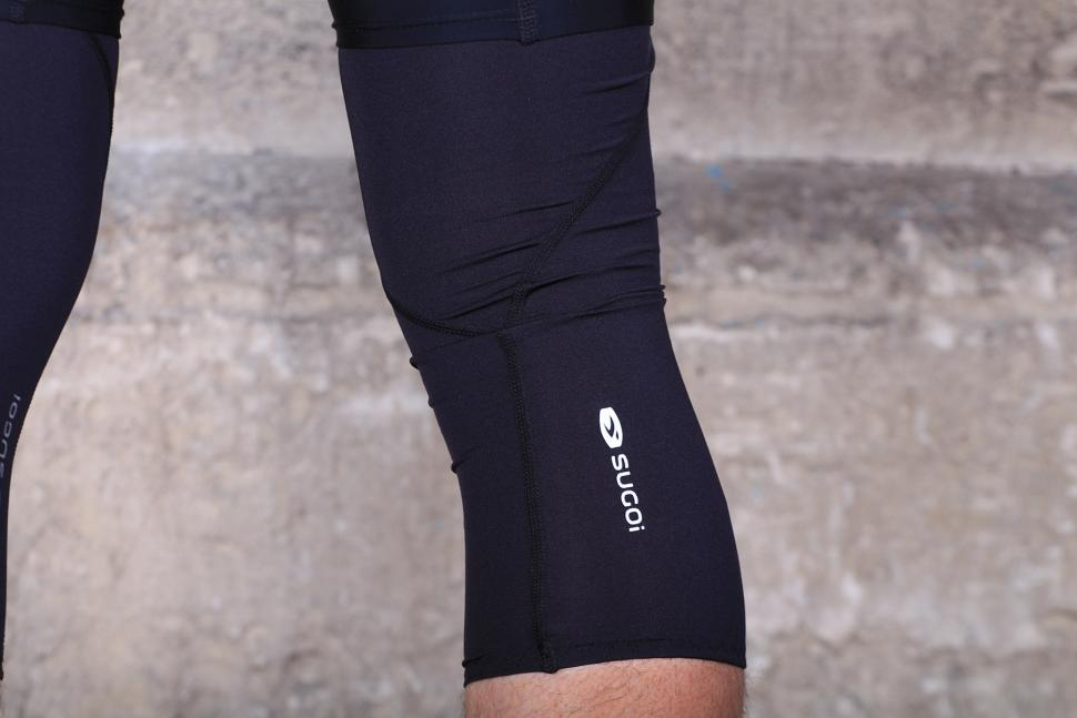 Sugoi Knee Cooler - detail.jpg