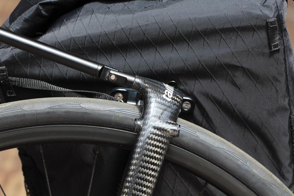 Tailfin Carbon Rack - detail 2.jpg