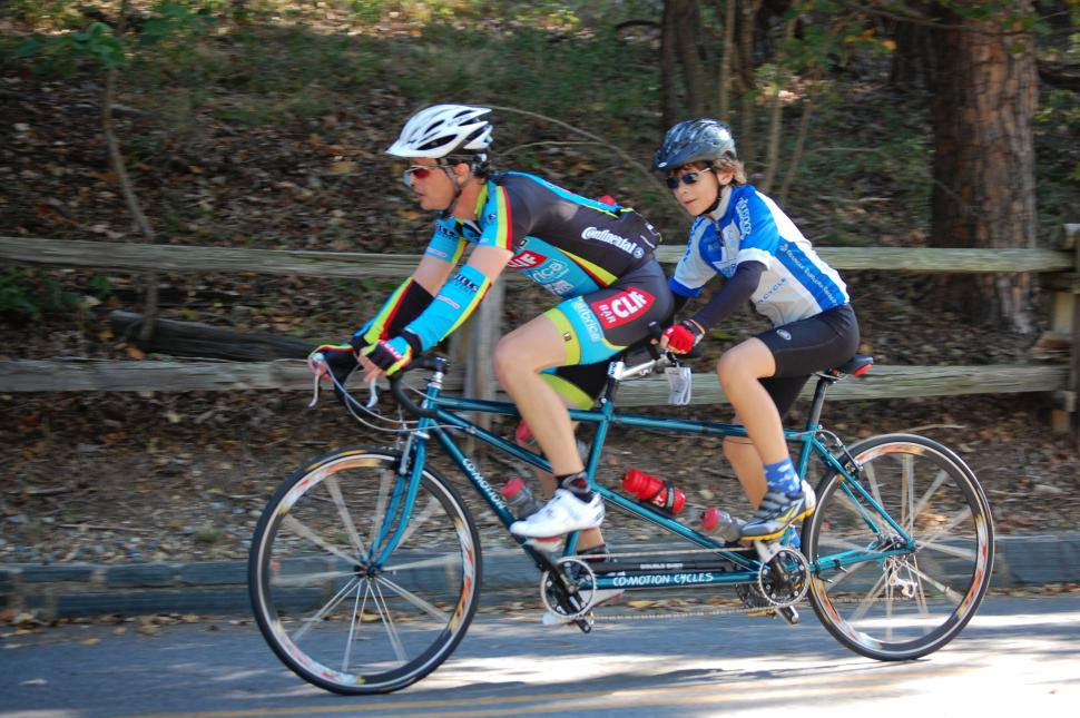 Tandem speed (CC BY 2.0 Donald Lee Pardue|Flickr).jpg
