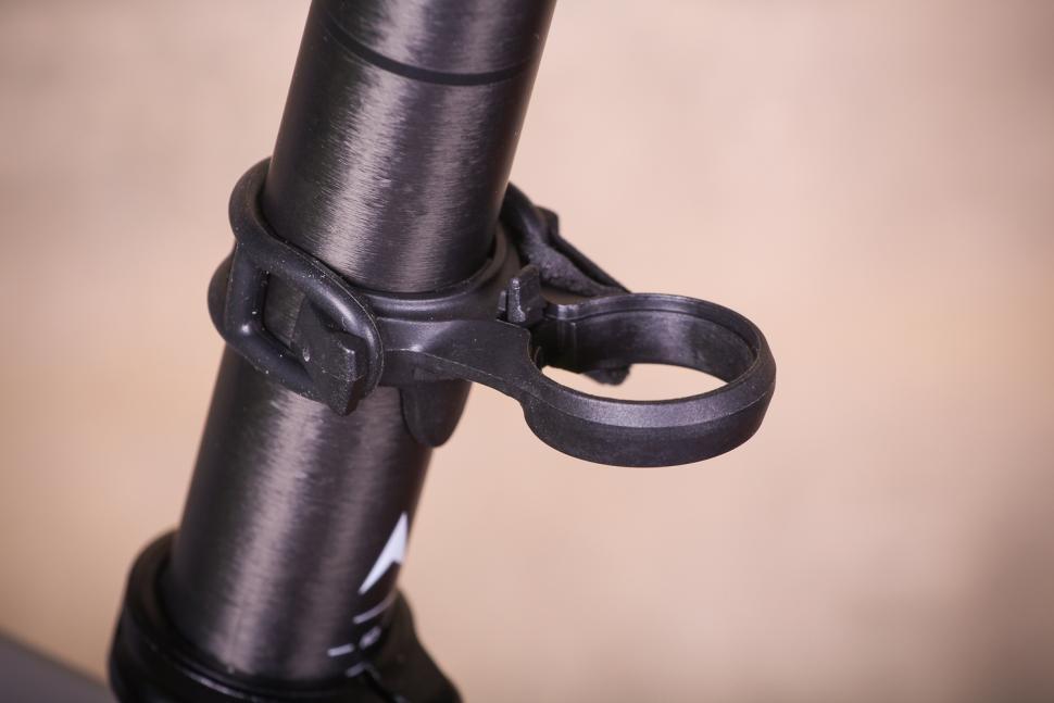 Tern Vizy Light - clamp.jpg