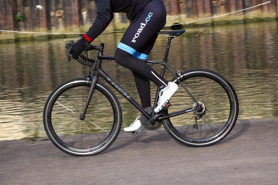 Trek Emonda ALR 6 - riding 2.jpg