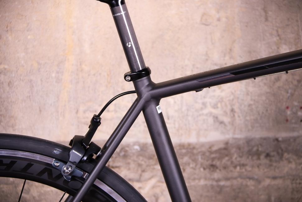 Trek Emonda ALR 6 - seat tube junction.jpg
