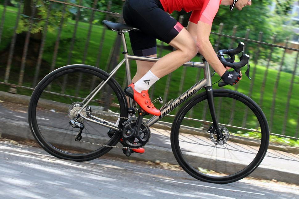 Van Nicholas Skeiron - riding 3.jpg