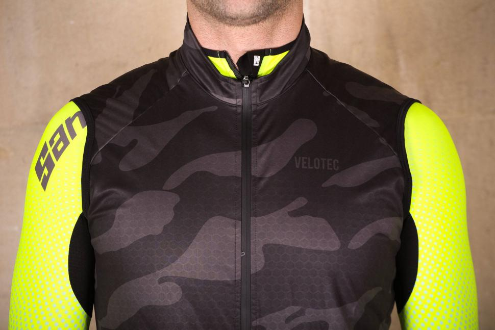 Velotec Elite Camo Waterproof Gilet - chest.jpg
