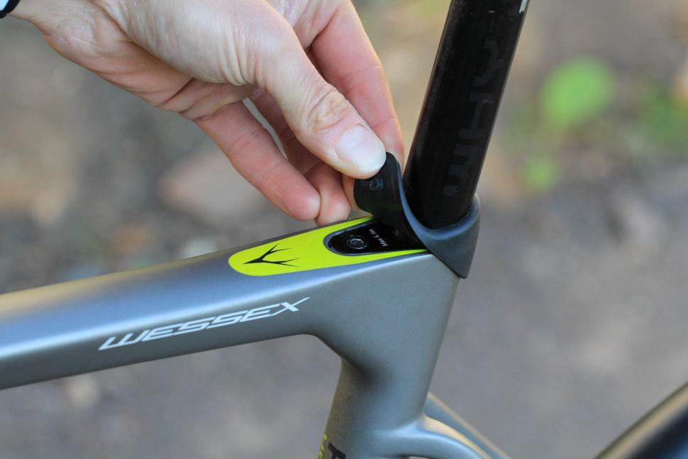 Whyte Wessex - seat post clamp.jpg