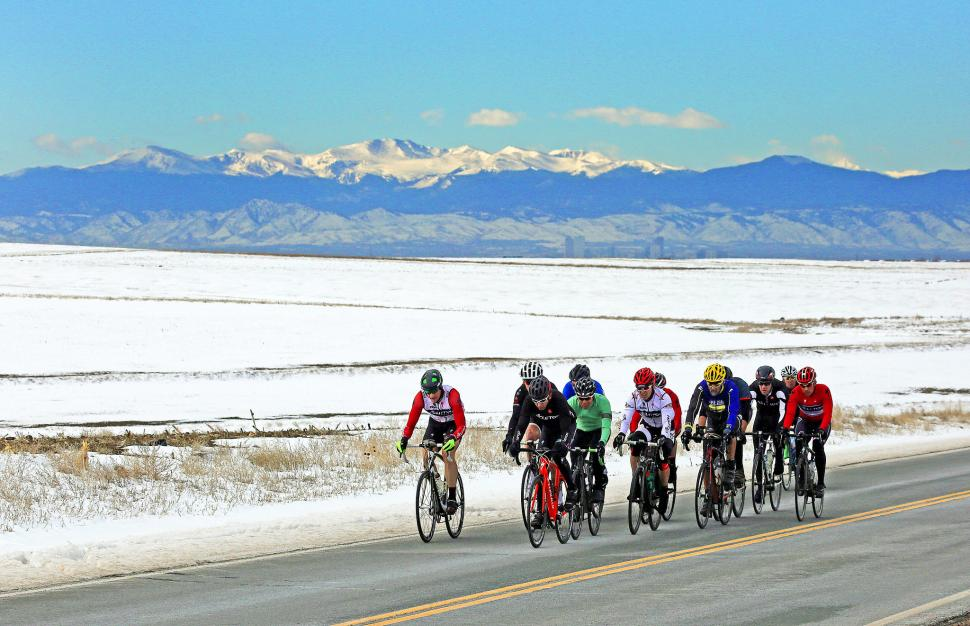 Winter group cycling CC BY-NC-ND 2.0 reid.neureiter https://www.flickr.com/photos/21085902@N08/
