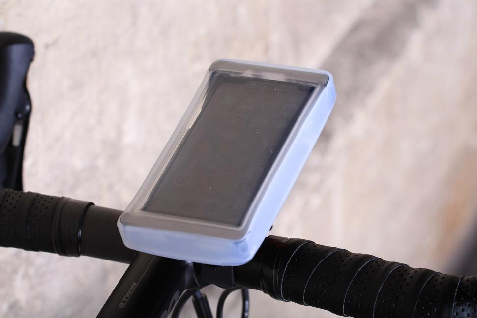 Zefal Z-Console Universal Smart Phone Holder - with cover.jpg