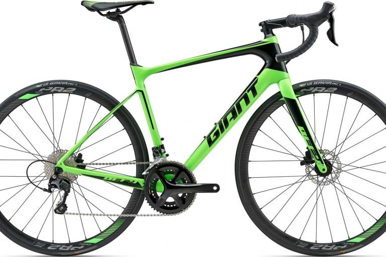 2018 Giant Defy Advanced 2 Neon Green.jpg