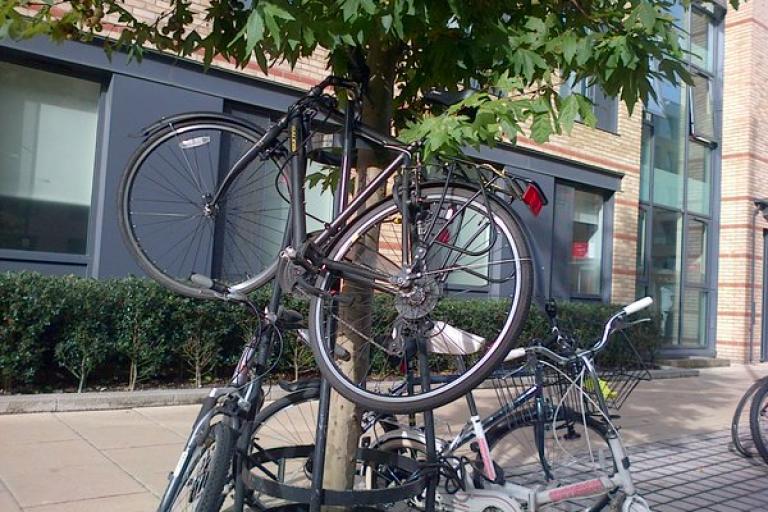 #badlyparkedbike (via Twitter).jpg