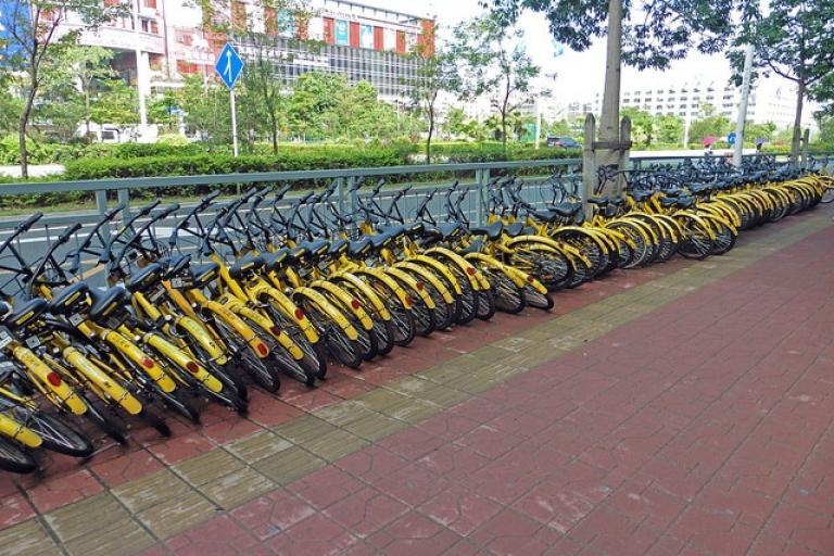 Bike share in Shenzhen City, China (CC licensed by Chris via Flickr).jpg