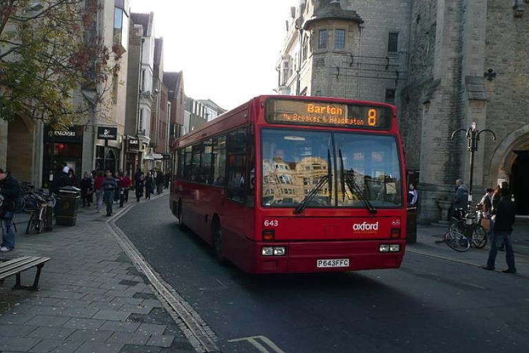 Bus on Queen Street (CC licensed by Arriva436 via Wikimedia).JPG
