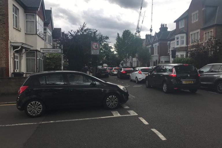 Drivers idling in Regent Street, Chiswick - one of the leafleting locations (picture courtesy Michael Robinson)