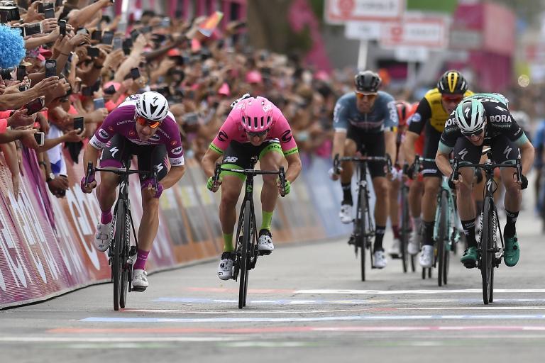 Elia Viviani wins Giro d'Italia 2018 Stage 3 Photo Credits: LaPresse - D'Alberto / Ferrari / Paolone / Alpozzi).jpg