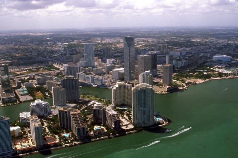 Miami (copyright Towpilot_Wikimedia Commons).jpg