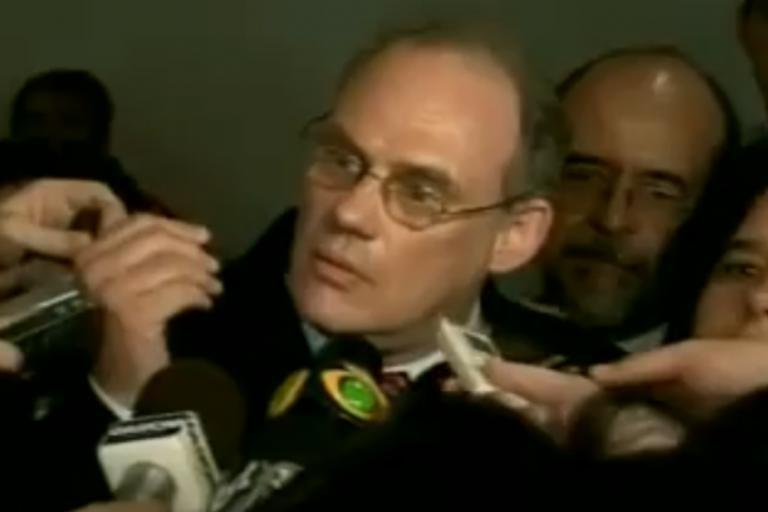 Ricardo Neis faces the press