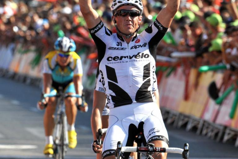 Simon Gerrans celebrates his win in Stage 10 of the 2009 Vuelta © Unipublic