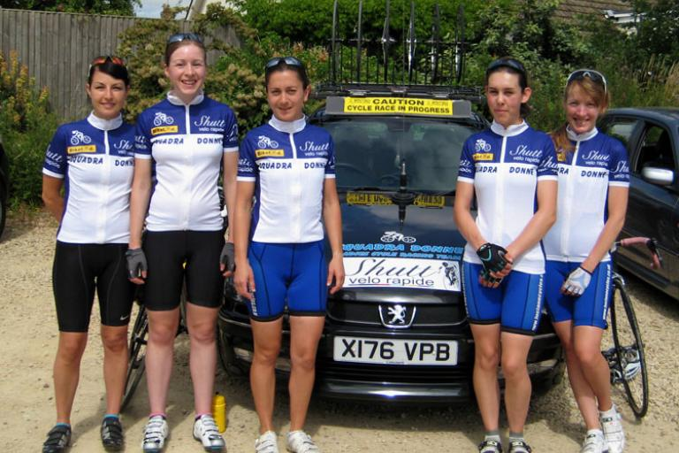 Squadra Donne Ladies Team in Shutt VR gear