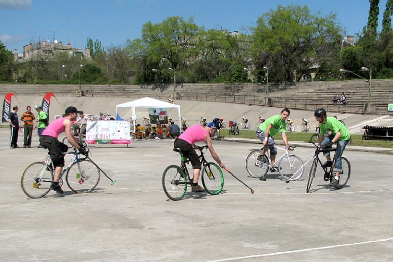 bike polo.jpg